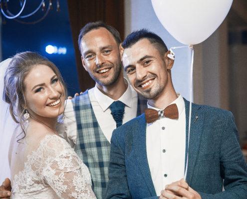 Brigita ir Mantvidas_Svesklinksmai+vestuviu vedejai